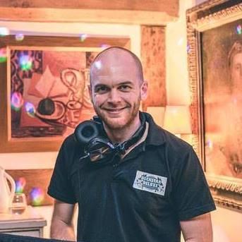House Specialist DJ Gloucestershire